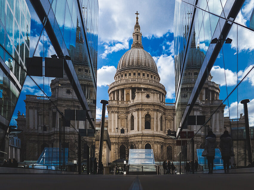 A view of St Paul's Cathedral, a famous Baroque style