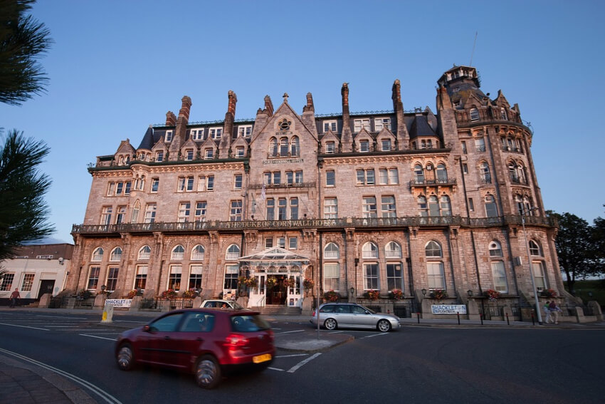 an old hotel with Tudor architecture style in Manchester