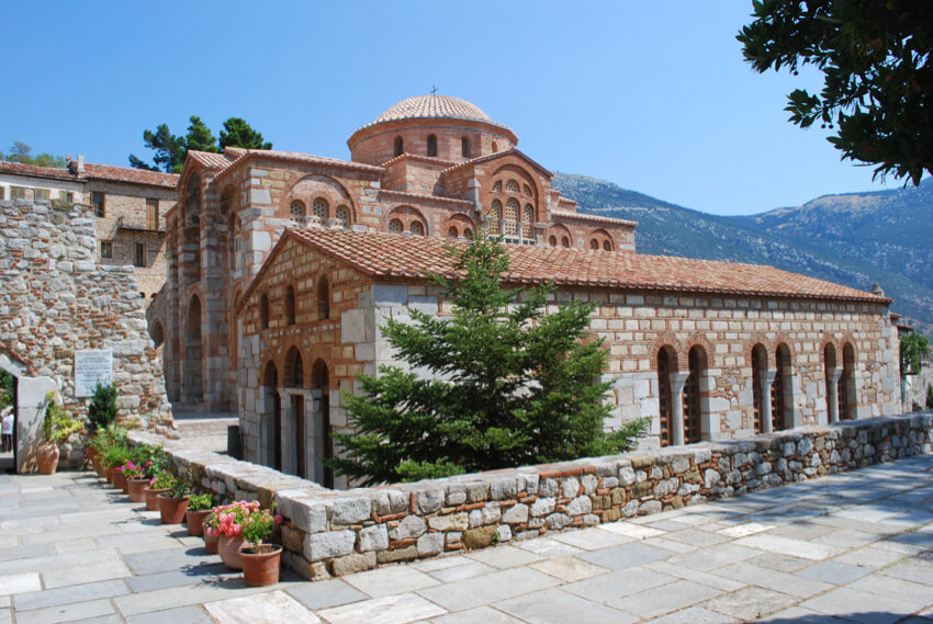 Daphni and Hoisos Loukas Monasteries in Distomo, Greece