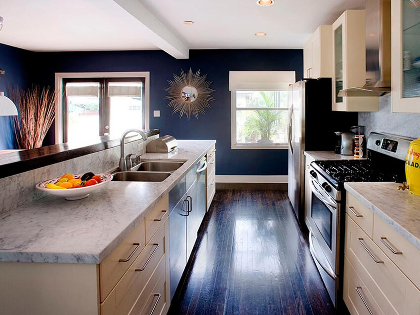 A kitchen with I shape look