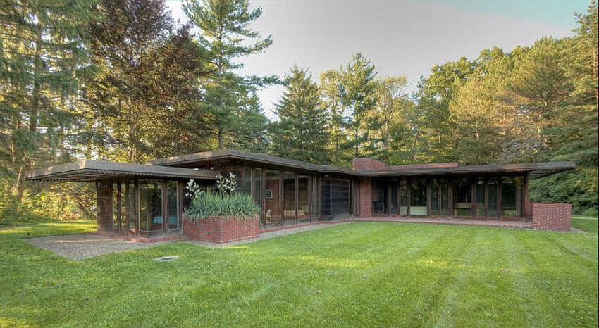 Weltzheimer Johnson House by Frank Lloyd Wright